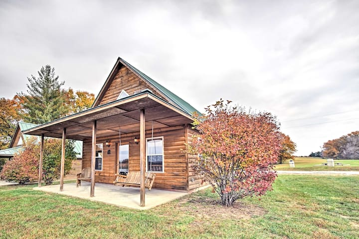 NEW! Lakefront 1BR + Loft Columbia Cabin w/ Porch!