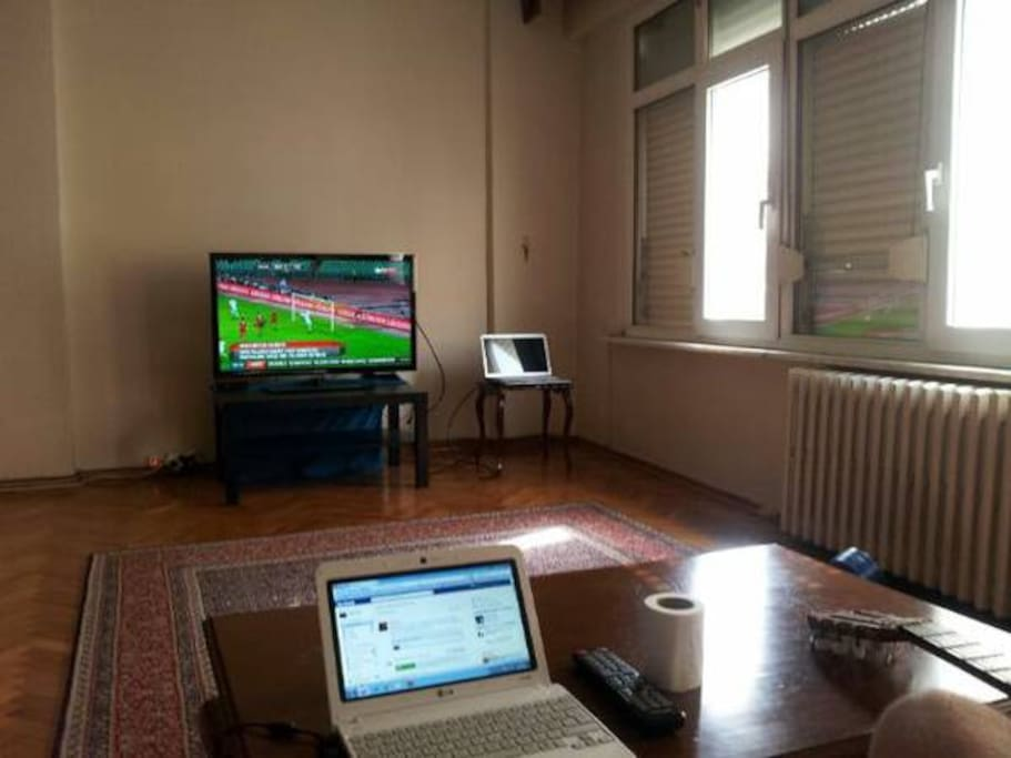 living room with TV and PC