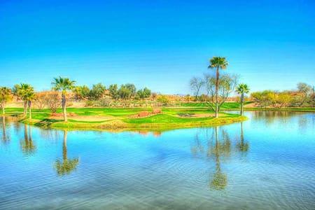 Fall Specials! 2BR Modern, Luxury, Golf, Views - Scottsdale - Διαμέρισμα