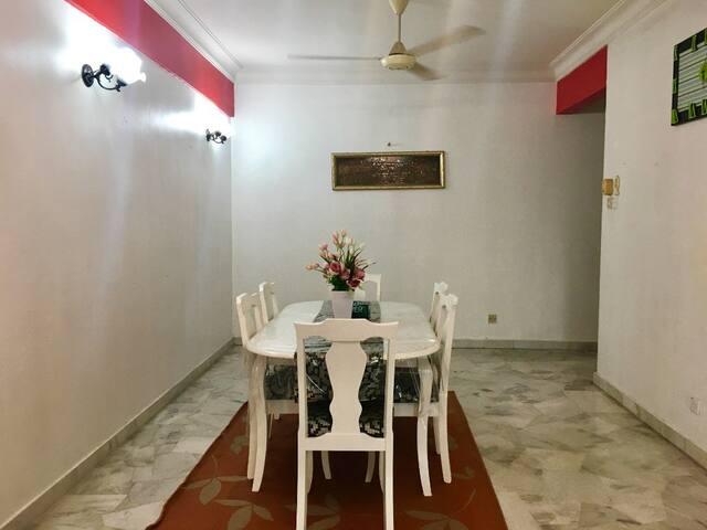 Homestay Seksyen 9 Shah Alam