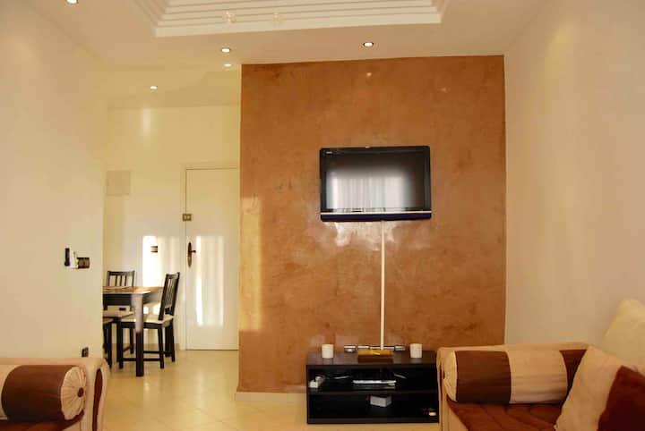 Bel appartement climatisé avec Wifi à Agadir