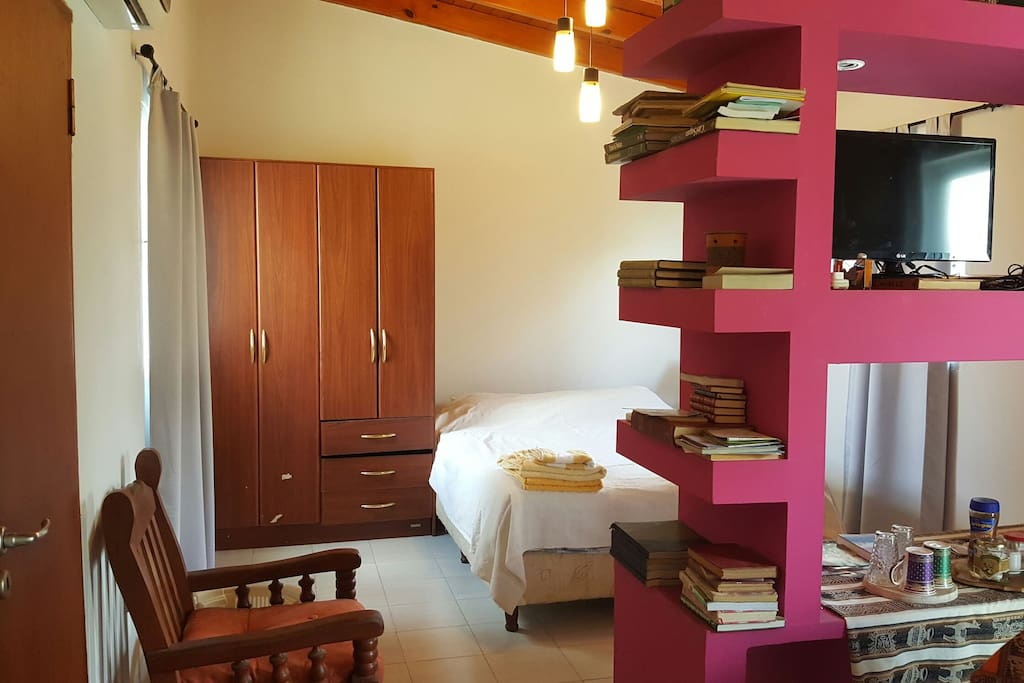 C lida y familiar habitaci n privada departamentos en for Habitacion familiar en alquiler