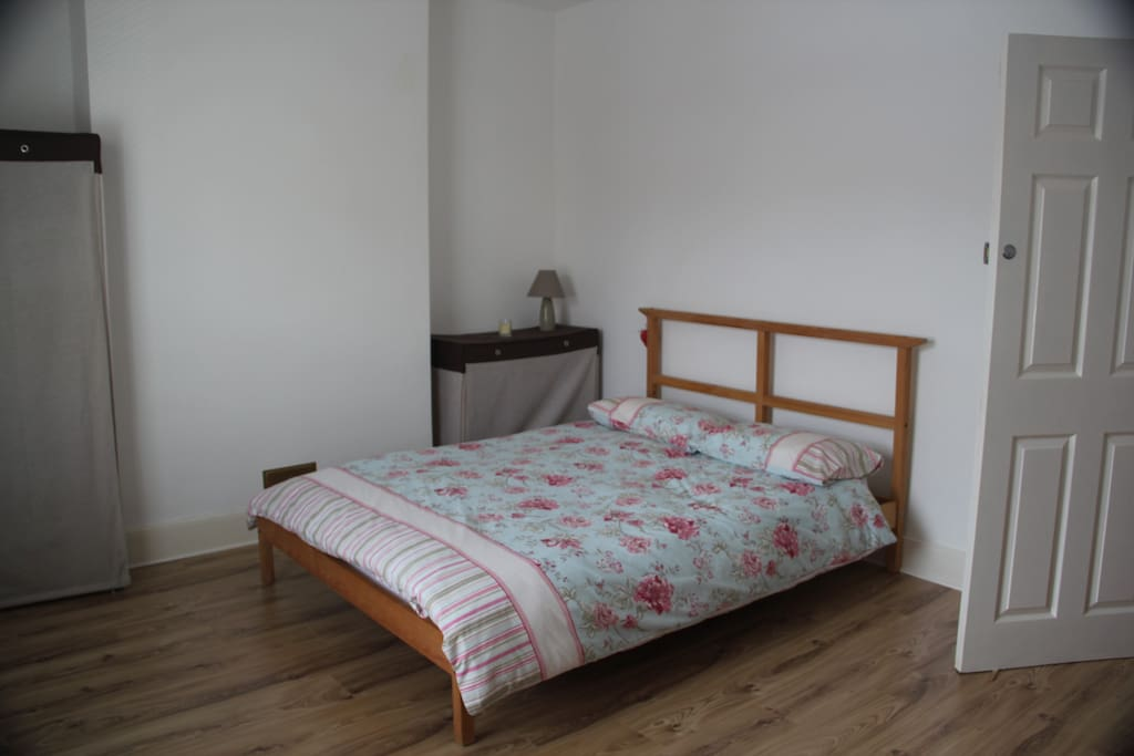 Large bedroom at the front