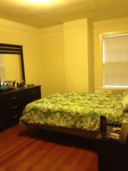 4-door walk-in closet in bedroom!