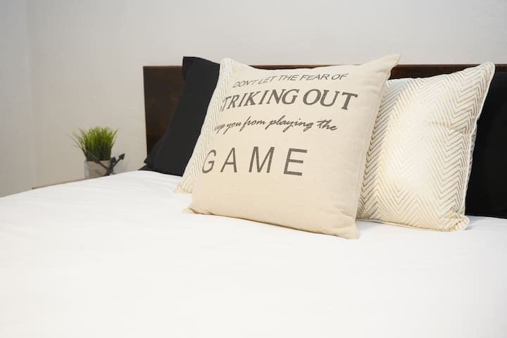 Queen and Sofa Bed - Stay, Play and Explore