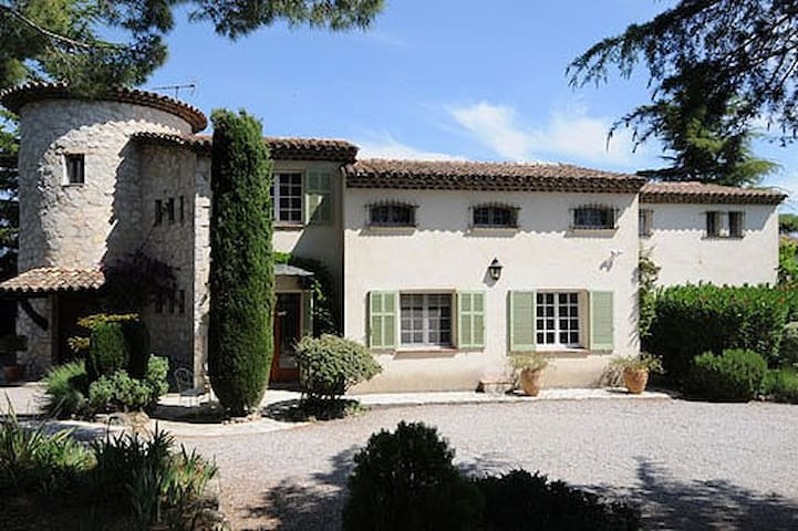 Villa Near Valbonne South of France