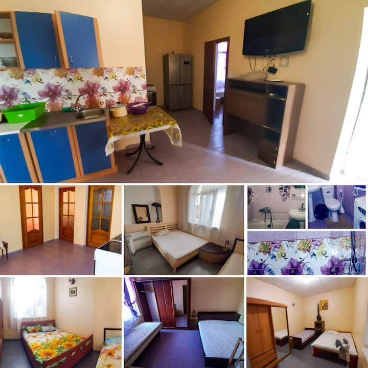 ОстровОК.Апартаменты 4 спальни:свои кухня и балкон