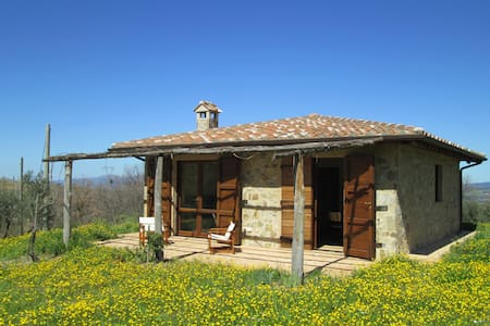 Casina - Home in Tuscan countryside - Montenero