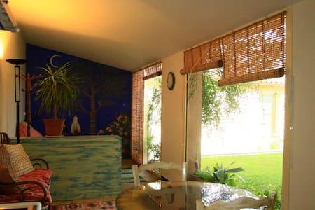apartamento con piscina -el girasol - Corça