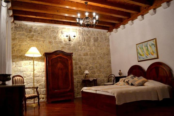 Quiet house @ the heart of Old Town - Dubrovnik - Ev