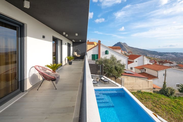 Luxury Villa Helena with heated  pool -Sal Mare