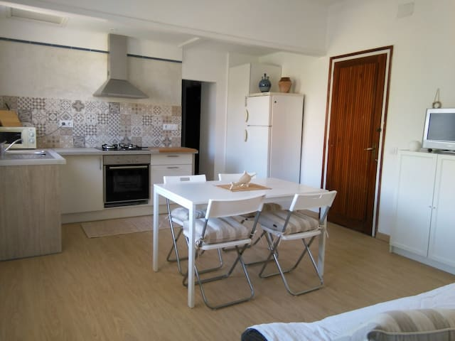Quiet apartment in the town center - Sant Feliu de Guíxols - Condominio