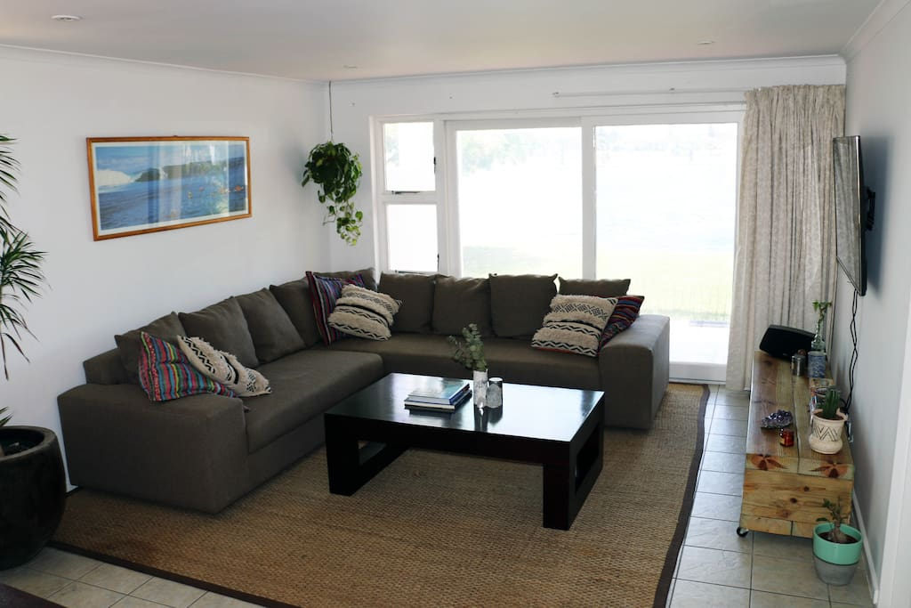 Comfortable L-Couch. Smart TV including DSTV with lagoon view through sliding doors!
