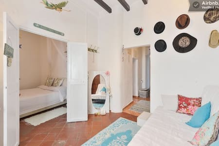 Authentic floor Ibiza, inthe center - Ibiza - Departamento