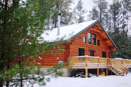Unique Handmade Log Cabin,  Feel The Peace
