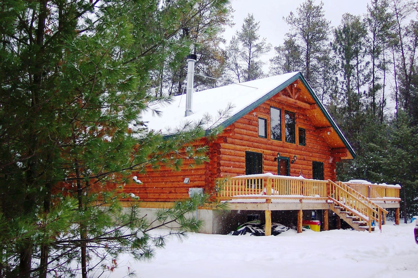 Buckhorn Lake Cabin in the Winter, ice fish, ski and snowshoe right out your door.