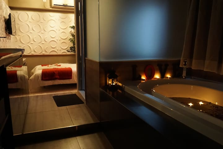 Lovely Relaxing Studio with Tub - Tsim Sha Tsui, Kowloon - Byt