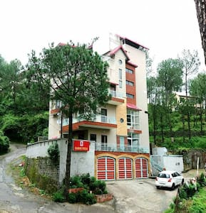 Barog Villa - Solan - Vendégház