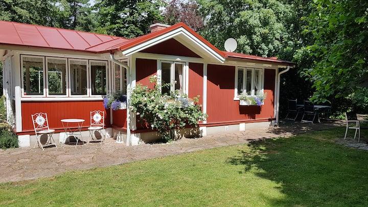 Mysig stuga i Ystad Sandskog