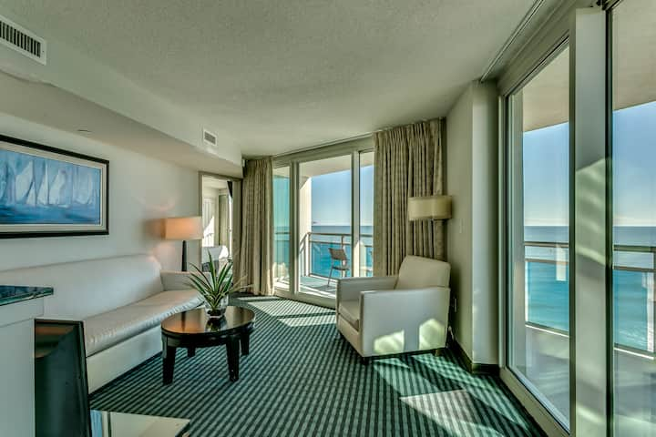 Oceans One Resort - 4th Floor Oceanfront
