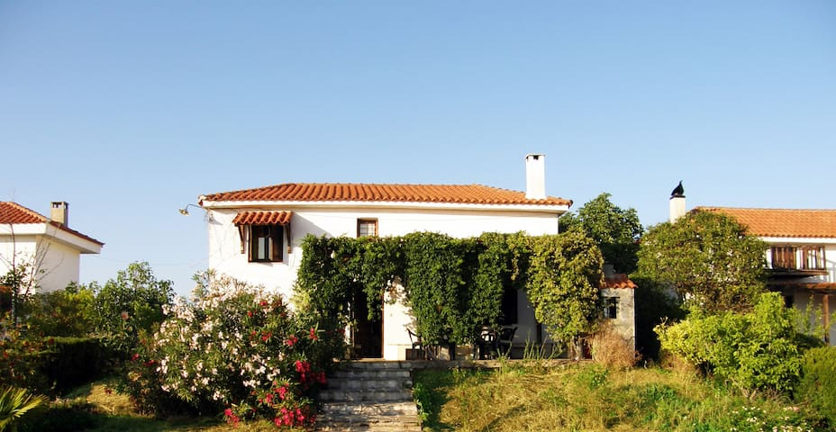 Family Residency near Lefokastro, Pelion - Lefokastro - House