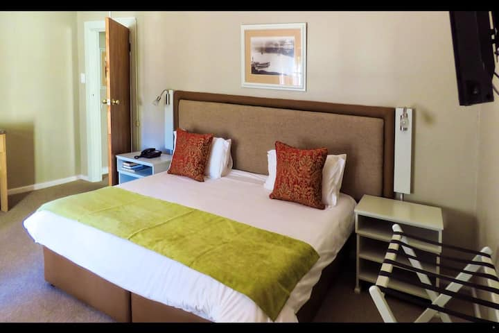 Luxury Family Suite at The Wilderness Hotel