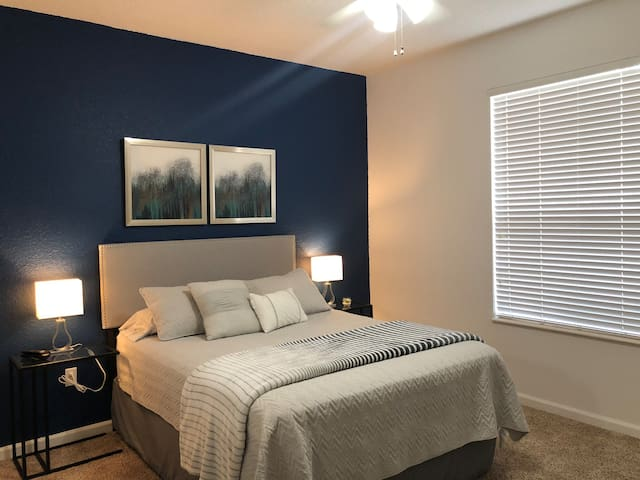 Charming Private Room near OCCC & Universal!