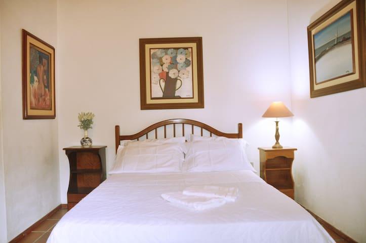 Villa Daniella B&B - Suite Villa 1 - Florianópolis - Haus