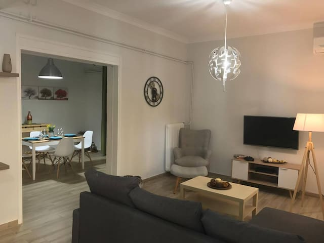 New stylish apartment, 100 meters from the beach!! - Chania - Apartment