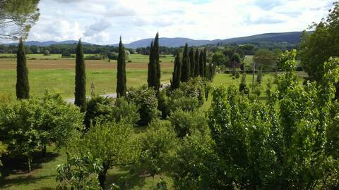 Peaceful Panoramic Paradise-Cosy for 2 in Siena