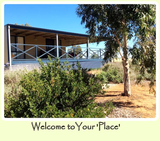 Artjhar 'Place' Clare & Gilbert Valley