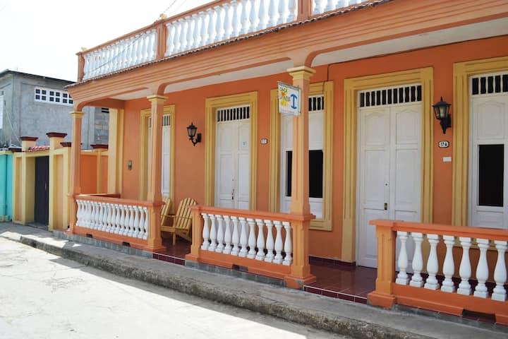 Rent Rooms LA INDIA