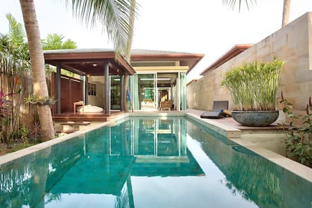 Two Bedroom Beachfront villa with Private Pool - เกาะสมุย - วิลล่า
