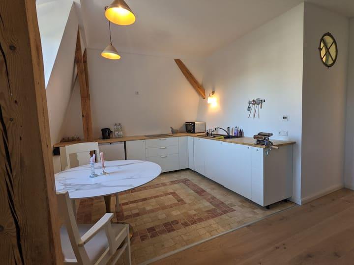 Cozy Studio Apartment by Griebnitzsee