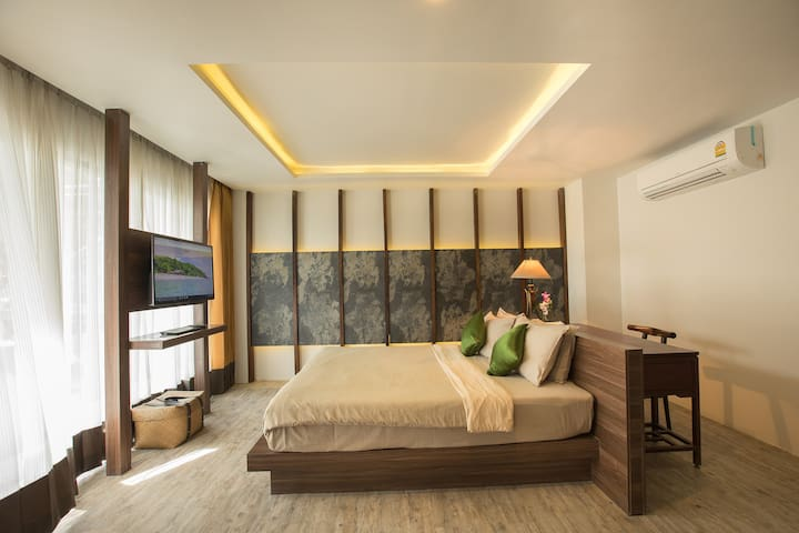 Earth Suite with 46 sqm