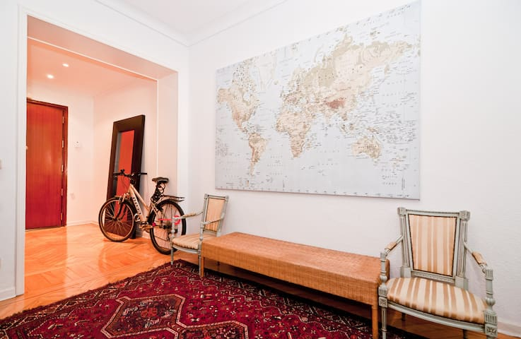 Entrance hall with the main door. Free bicycle available