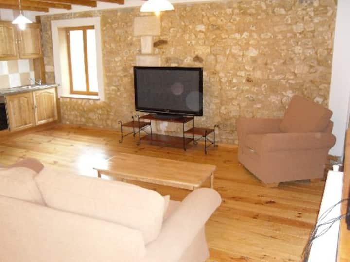 Entire home/flat in Courpignac