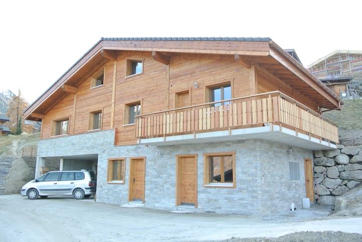 La Tzoum'hostel & Chalet