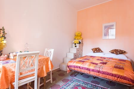 mini appartamento con piccolo bagno - Tivoli
