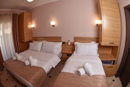 Pandora Residence - Tiranë - Hotel butik