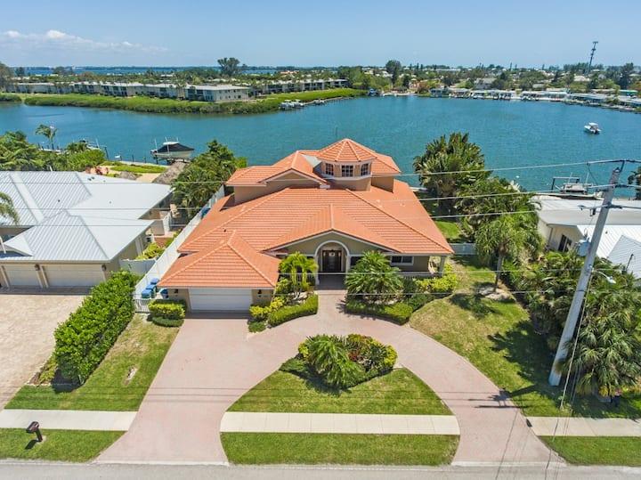 Anna Maria Island - Waterfront Villa