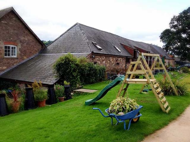 Penybwch Pen-y-Dre Farm Holiday Cottages
