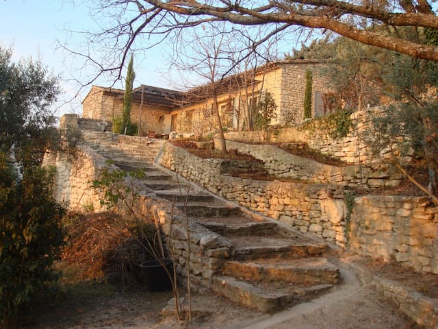 La Beloio, Villa de charme à Gordes - Gordes - วิลล่า