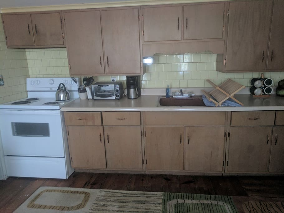 Fully stocked kitchen so you can prepare meals and relax at home.