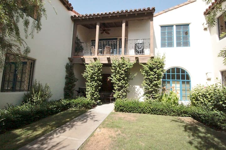 2BR Garden Condo ☺ Legacy Villas - La Quinta - Villa