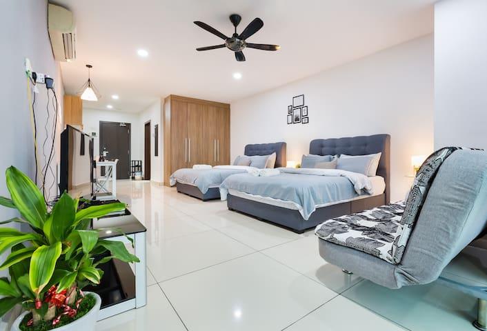 Modern Cottage @KSL Johor Bahru | 4-5Pax | #1 中文房东