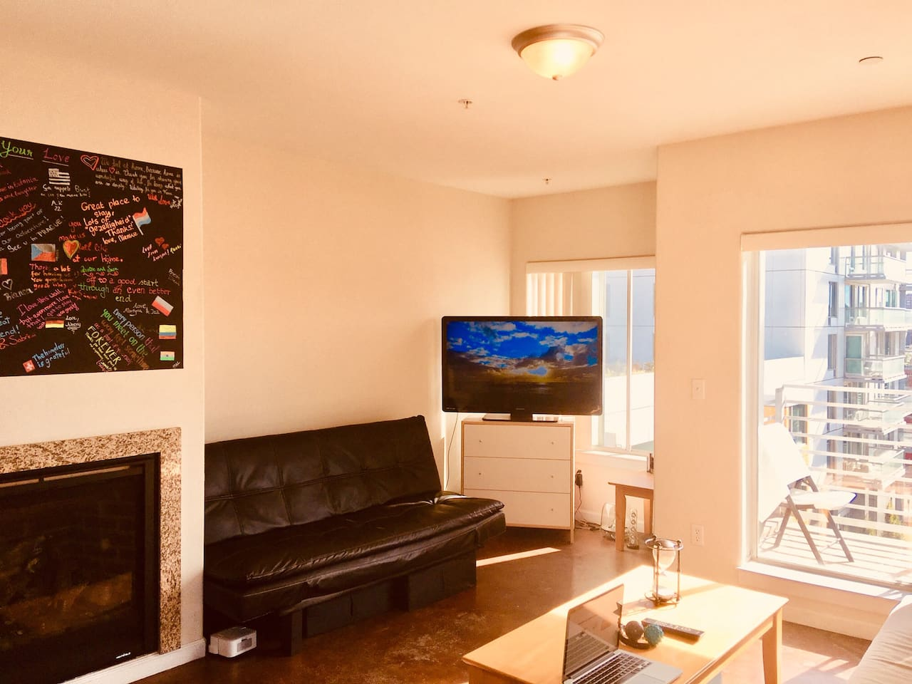 Living room + balcony
