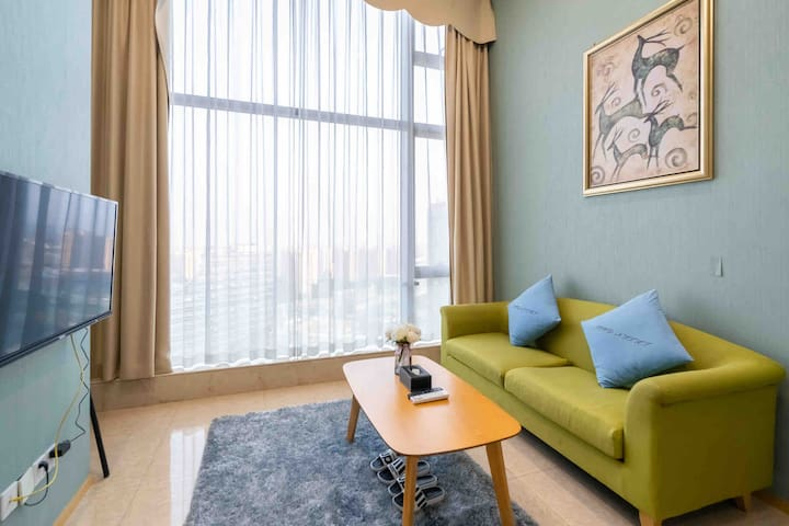 【西湖】【高铁站】新天地LOFT一室一厅温馨浪漫情侣大床房