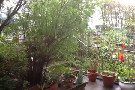 Double room in a quiet street - Pforzheim - House