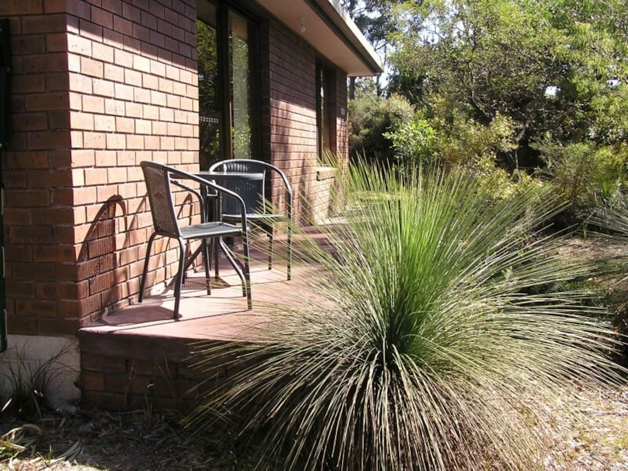 Relax and be refreshed when you stay in 'Boronia Cottage in the Tassie bush'. It is a 2 bedroom cottage on a 12 acre property at beautiful Sisters Beach, NW Tasmania